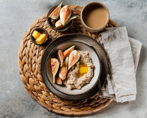 상위 뷰 맛있는 아침 식사 구색