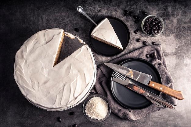 Vista dall'alto del delizioso concetto di torta
