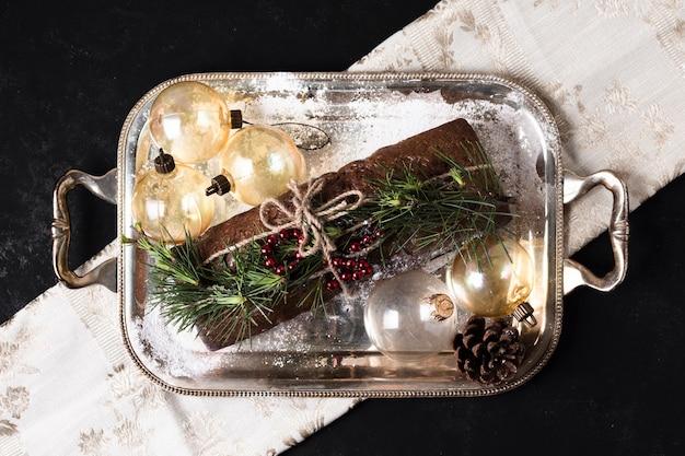 クリスマスのために特別に作られたトップビューおいしいケーキ