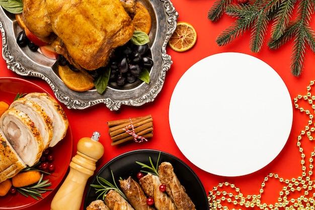 Вид сверху вкусный рождественский ассортимент блюд
