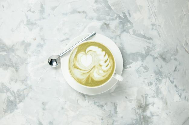 상위 뷰 맛있는 에스프레소 흰색 배경에 커피 한잔 디저트 차 쿠키 케이크 비스킷 달콤한 아메리카노 카푸치노