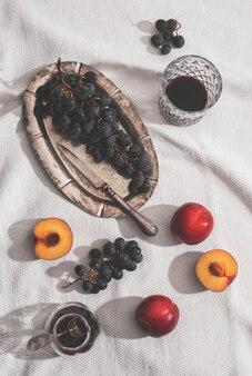 Disposizione di frutti deliziosi vista dall'alto