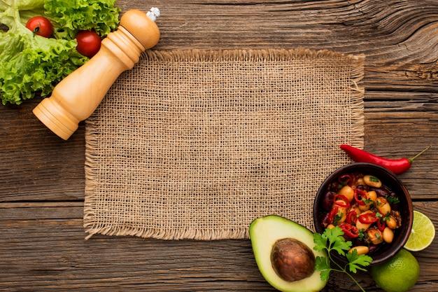 Вид сверху вкусная мексиканская еда готова быть подан