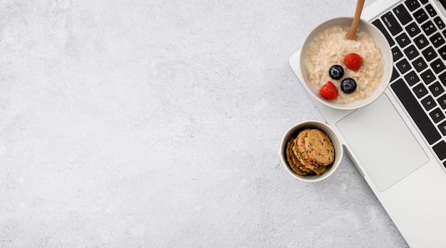 Top view delicious porridge with berries