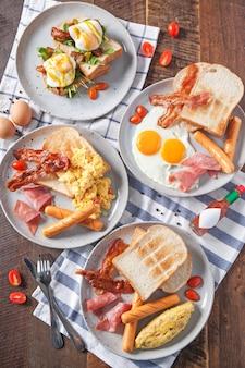 Вид сверху вкусный разнообразный завтрак