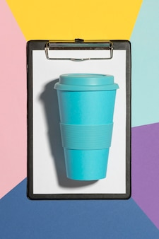 Clibpoard가있는 상위 뷰 친환경 재사용 가능한 컵