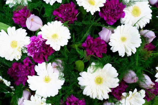 トップビューの花の花束