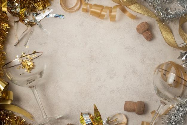 Вид сверху рамки новогодних украшений