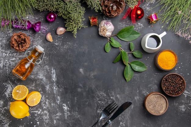 Top view fresh lemon slices with seasonings