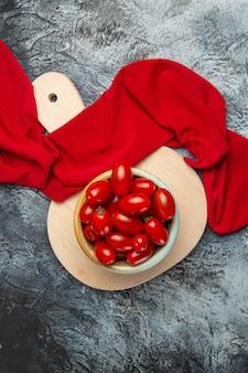 上面図新鮮な赤いトマト