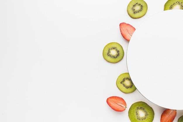 Vista dall'alto del concetto di frutta con spazio di copia