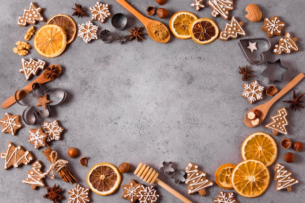 Top view of gingerbread and dried citrus frame