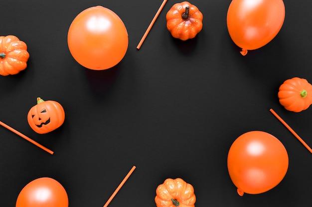 Вид сверху хэллоуин шары с тыквами