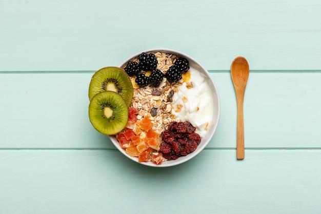 테이블에 상위 뷰 건강 한 아침 식사