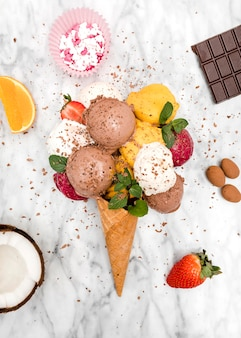 Top viewice cream with fruits