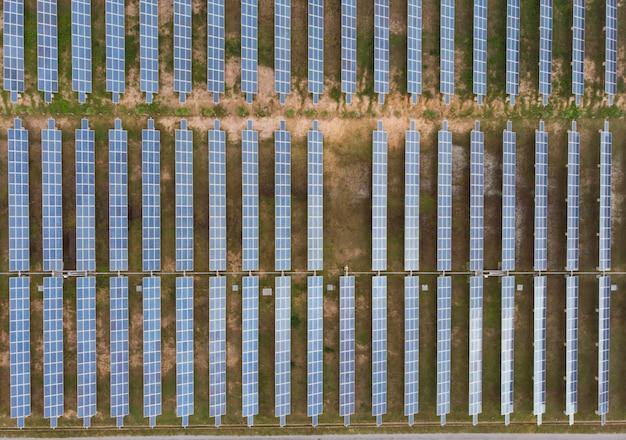 上面図地上の太陽電池パネル