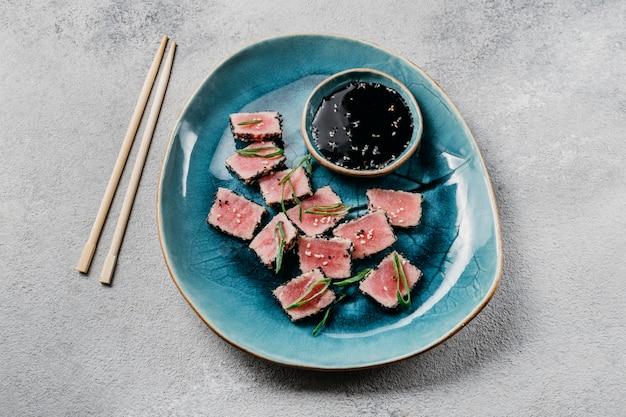 Disposizione del piatto giapponese vista dall'alto