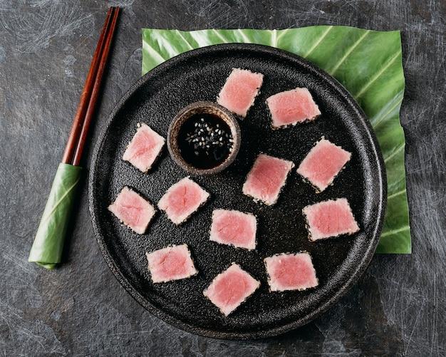 Vista dall'alto del piatto giapponese