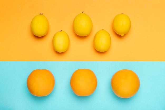 상위 뷰 레몬과 오렌지 배열
