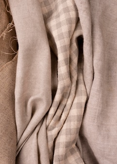Vista dall'alto di tessuti colorati monocromatici