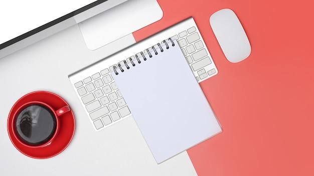 Тетрадь сверху, компьютер и чашка кофе на белом и красном фоне.