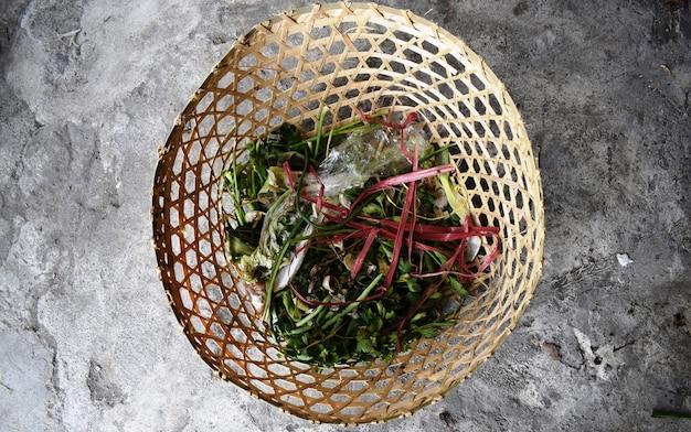 유기 쓰레기를 위한 대나무 바구니 용기의 평면도