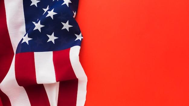 Вид сверху американского флага с копией пространства