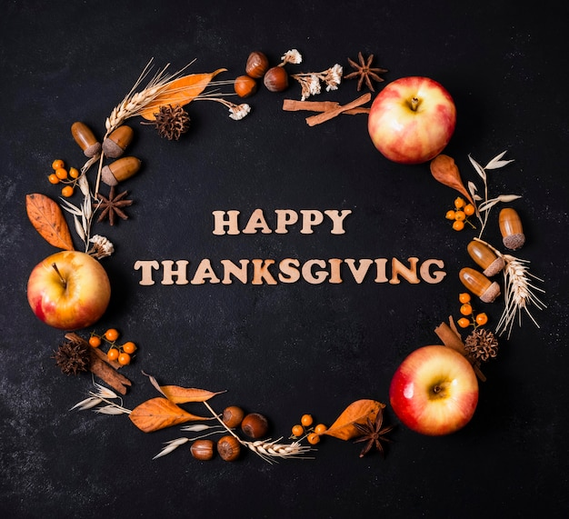 挨拶とリンゴと秋のフレームのトップビュー