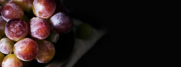 Вид сверху осеннего винограда с копией пространства Premium Фотографии