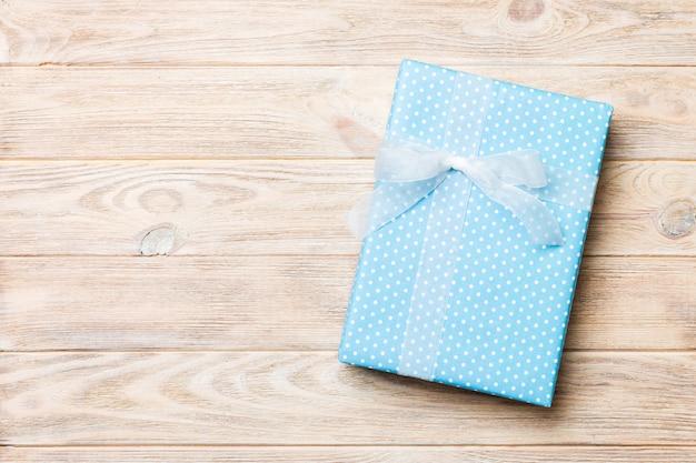 クリスマスや他の休日の手作りプレゼントボックスパッケージの平面図