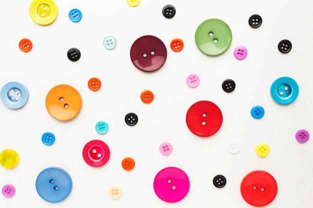 Вид сверху красочных кнопок