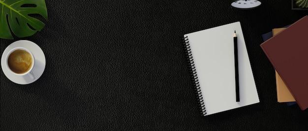 Вид сверху темного современного рабочего пространства с пустой записной книжкой и канцелярскими принадлежностями. 3d иллюстрации