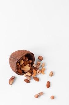 Вид сверху концепции вкусных орехов