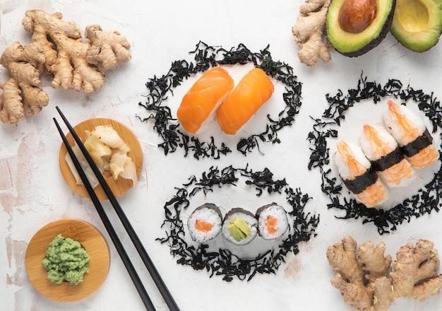 Вид сверху вкусной концепции суши
