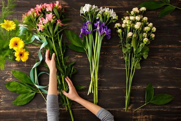 꽃의 상위 뷰, 꽃다발을 만드는 과정