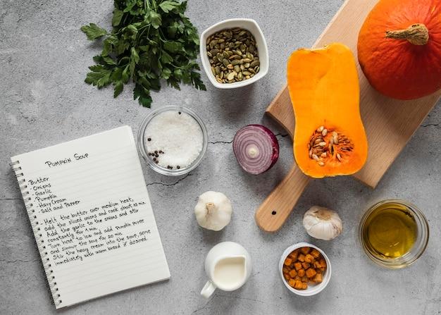 채소와 음식 재료의 상위 뷰