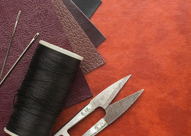 糸と革の上面図