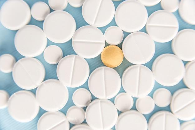 Вид сверху смешанных таблеток