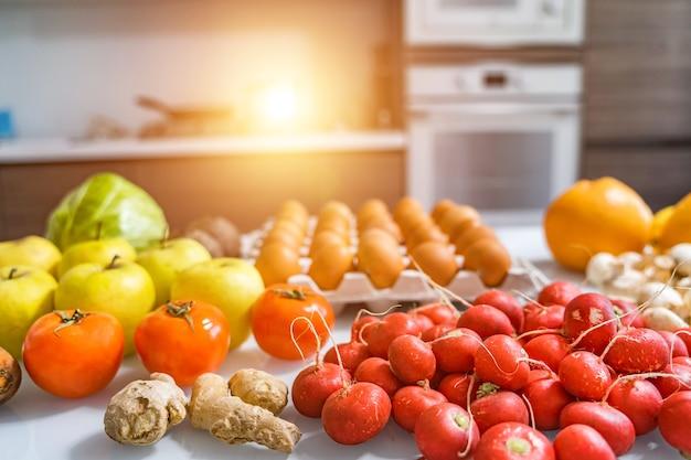 Вид сверху смешанных овощей