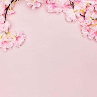 コピースペースを持つ母の日の花の上から見る