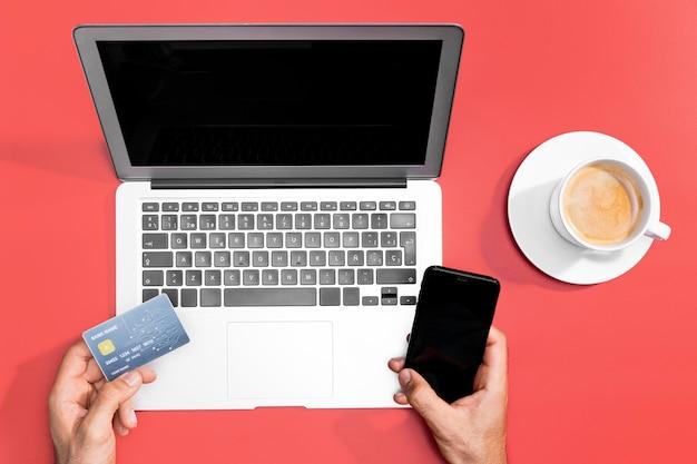Вид сверху концепции онлайн покупок