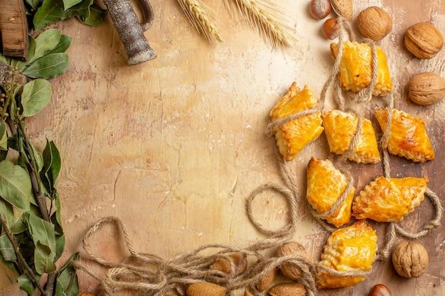 ロープとナッツのおいしいナッツペストリーの上面図