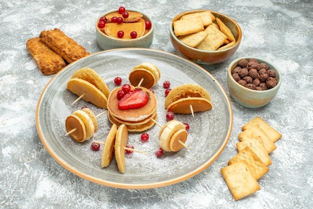 さまざまな材料を使ったおいしいパンケーキの上面図