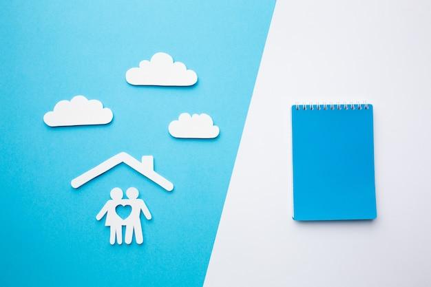 トップビュー紙家族の概念