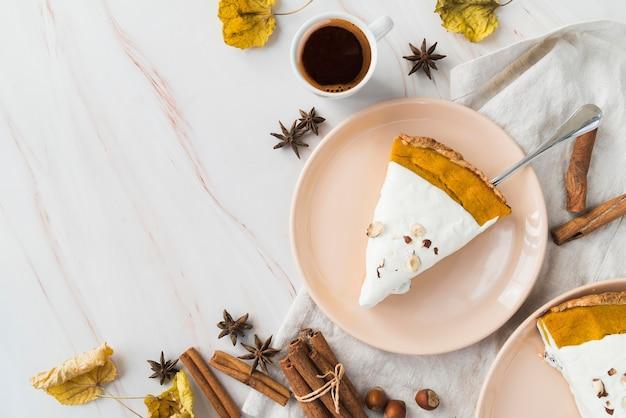 Рамка для пирога, вид сверху с копией пространства