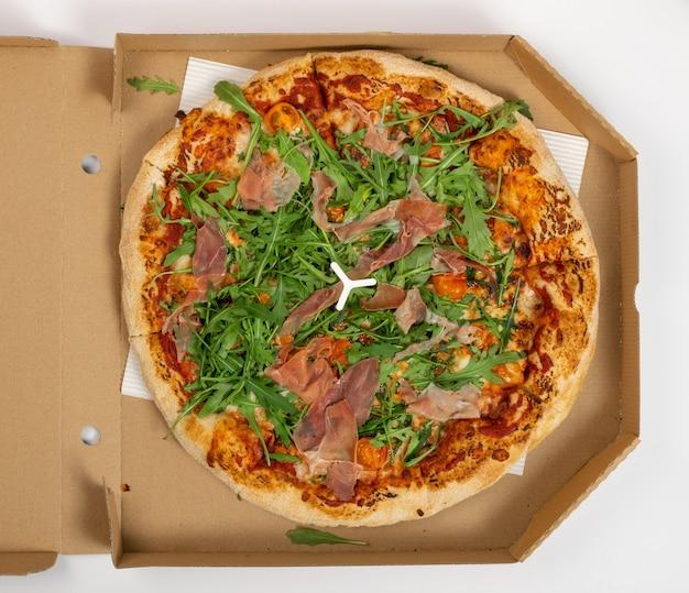 配達用カートンボックスの上面ピザ