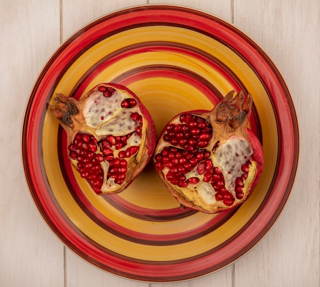 Top view pomegranate wedges on a plate