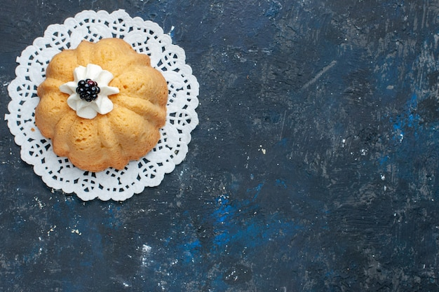 Top view simple yummy cake with cream and blackberry on the dark background cake biscuit sugar sweet bake fruit