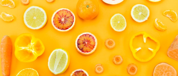 Top view slices of citrus fruit