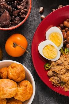 상위 뷰 맛있는 브라질 음식 배열